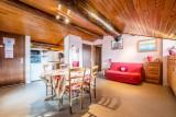 Pressenage-Moineau-sejour1-location-appartement-chalet-Les-Gets