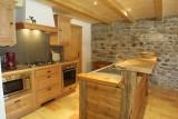 Ramus-Reine-des-Neiges-cuisine-location-appartement-chalet-Les-Gets