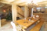 Ramus-Reine-des-Neiges-salle-a-manger-location-appartement-chalet-Les-Gets