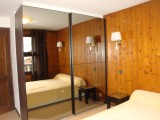 Ranfolly-A4-chambre-lit-double-location-appartement-chalet-Les-Gets
