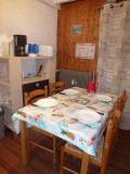Ranfolly-B6-table-a-manger-location-appartement-chalet-Les-Gets