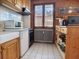 Retour-aux-Neiges-1-cuisine2-location-appartement-chalet- Les-Gets