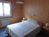 Rhodos-7-chambre-double-location-appartement-chalet-Les-Gets