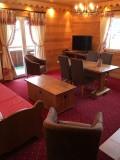 Sabaudia-2-pieces-alcove-4/5personnes-salon-location-appartement-chalet-Les-Gets