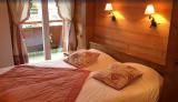 Sabaudia-4-pieces-6/8-personnes-chambre-double2-location-appartement-chalet-Les-Gets