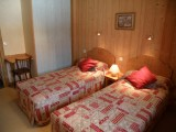 Sapiniere-5-chambre-lits-simples-location-appartement-chalet-Les-Gets