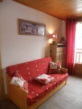 Sapiniere-8-salon-location-appartement-chalet-Les-Gets