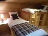Sherpa-Pivotte-chambre-lits-simples-location-appartement-chalet-Les-Gets