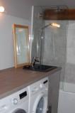 Six-Deniers-salle-de-bain-location-appartement-chalet-Les-Gets
