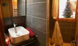 Ski-Love-Jours-de-Neige-salle-de-bain-location-appartement-chalet-Les-Gets