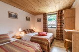 Splery-Lupin-chambre-lits-doubles-location-appartement-chalet-Les-Gets