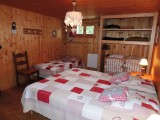 Tete-de-Carres-chambre3-location-appartement-chalet-Les-Gets