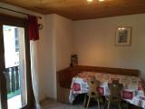 Toure-2-coin-repas-location-appartement-chalet-Les-Gets