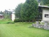 Toure-2-jardin-location-appartement-chalet-Les-Gets