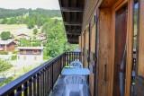 Tournier-1-balcon-ete-location-appartement-chalet-Les-Gets