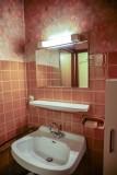 Tournier-1-salle-de-bain-location-appartement-chalet-Les-Gets