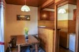 Tournier-1-table-a-manger-location-appartement-chalet-Les-Gets