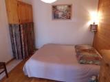 Versant-du-Soleil-Perce-Neige-chambre-double-location-appartement-chalet-Les-Gets
