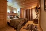 Vinson-chambre-lit-double9-location-appartement-chalet-Les-Gets
