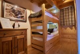 Vinson-chambre-lits-superposes2-location-appartement-chalet-Les-Gets