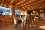 Vinson-salle-a-manger-location-appartement-chalet-Les-Gets
