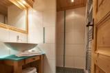Vinson-salle-de-bain6-location-appartement-chalet-Les-Gets