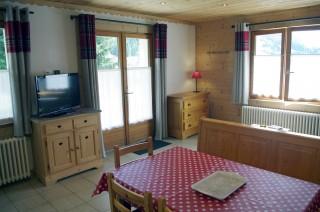 Arolle-3-sejour-location-appartement-chalet-Les-Gets