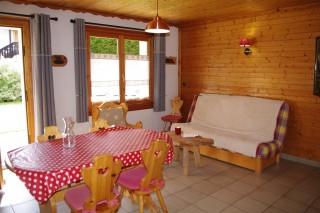 Arolle-4-sejour-location-appartement-chalet-Les-Gets