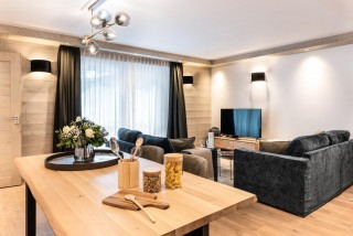 Kinabalu-2-sejour-salon-location-appartement-chalet-Les-Gets