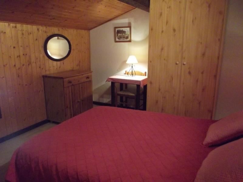 04-clos-myrtille-chambre-1-419