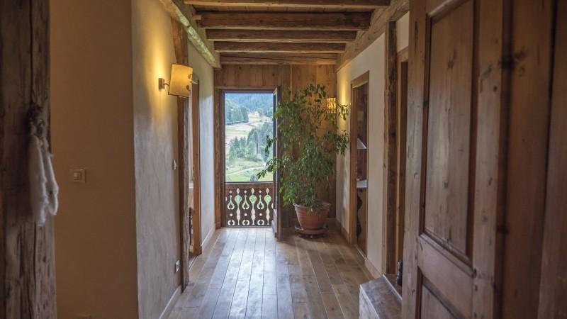 12-couloir-balcon-5721816