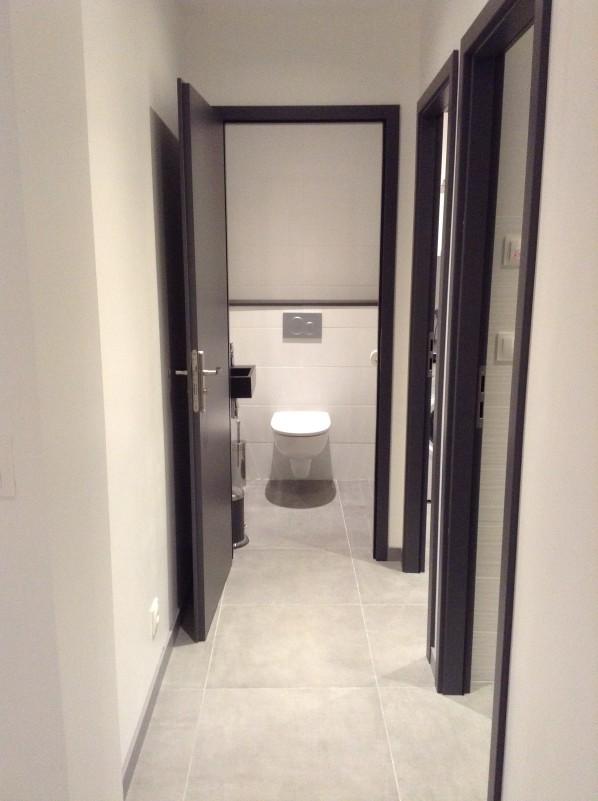 12-metrallins-couloir-wc-1006339