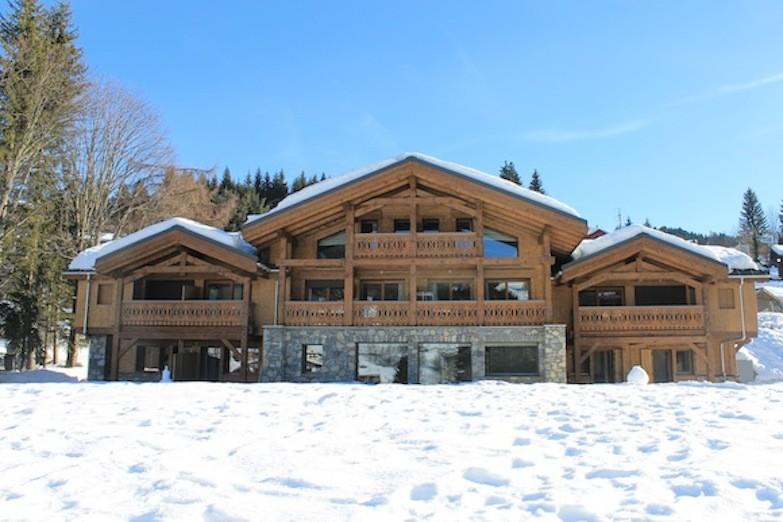 Adelphine-3-exterieur-hiver-location-appartement-chalet-Les-Gets