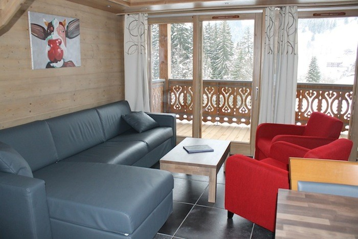 Adelphine-3-salon-location-appartement-chalet-Les-Gets