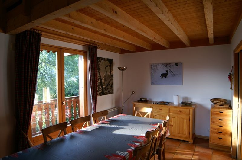 Agapanthe-salle-a-manger2-location-appartement-chalet-Les-Gets