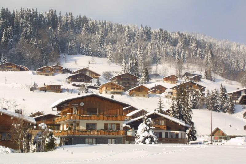 Aiglon-1-exterieur-hiver-location-appartement-chalet-Les-Gets
