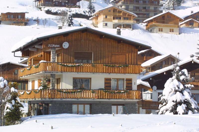 Aiglon-1-exterieur-hiver1-location-appartement-chalet-Les-Gets
