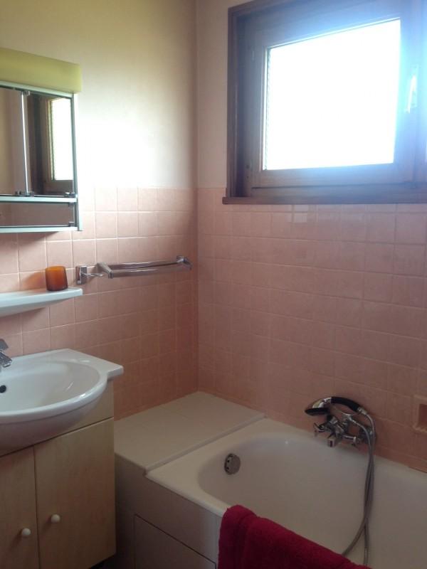 Aiglon-4-salle-de-bain-location-appartement-chalet-Les-Gets