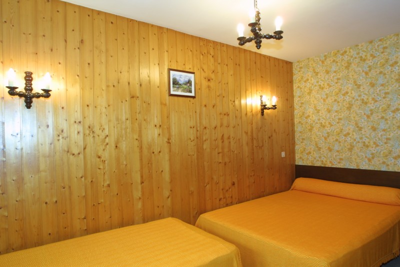 aiglon001-int-chambre-63567