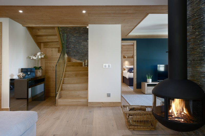 Annapurna-303-salon-cheminee-location-appartement-chalet-Les-Gets