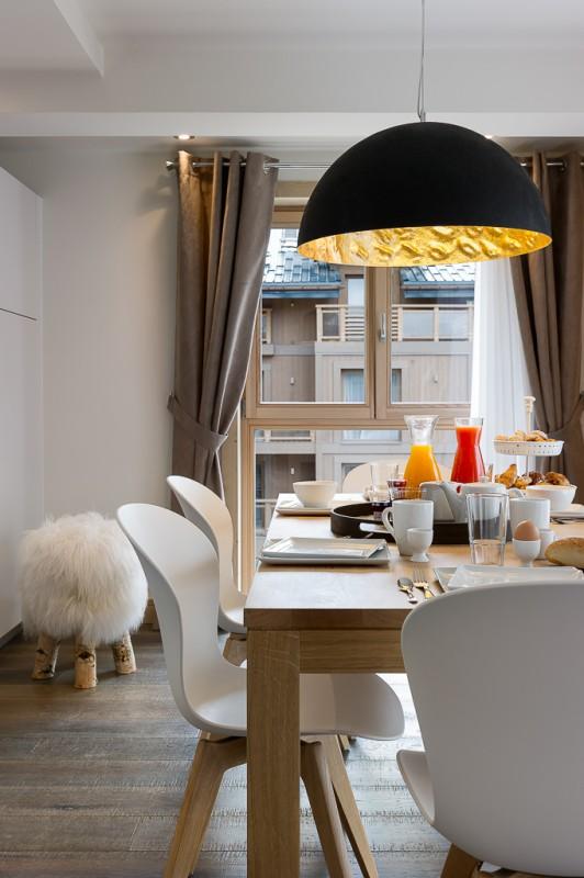 Annapurna-A201-salle-a-manger-location-appartement-chalet-Les-Gets
