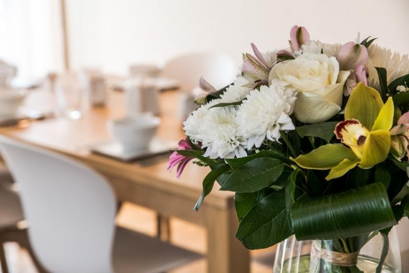 Annapurna-A202-decoration-fleurs-location-appartement-chalet-Les-Gets