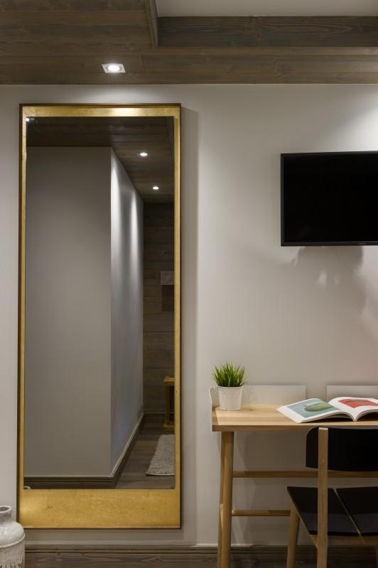 Annapurna-A204-miroir-chambre-location-appartement-chalet-Les-Gets