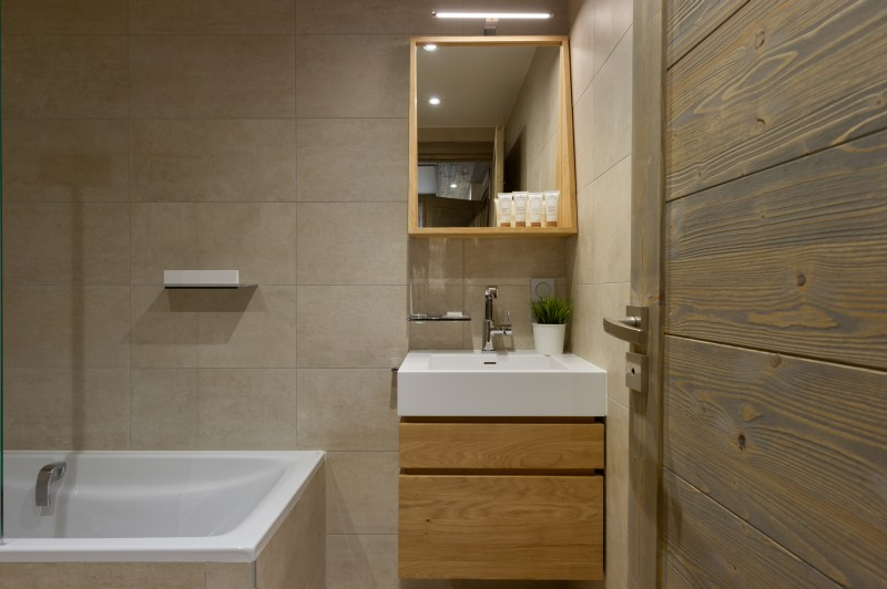 Annapurna-A204-salle-de-bain2-location-appartement-chalet-Les-Gets