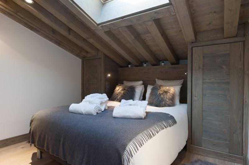 Annapurna-A302-chambre-double2-location-appartement-chalet-Les-Gets