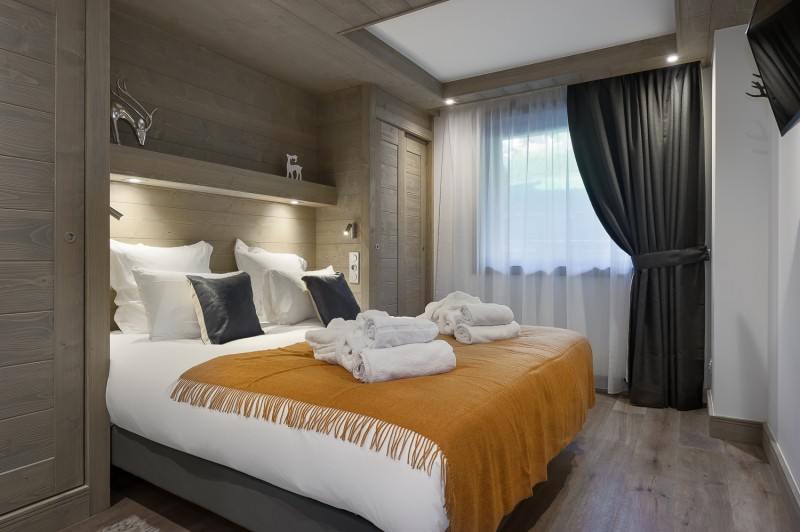 Annapurna-B103-chambre-double4-location-appartement-chalet-Les-Gets