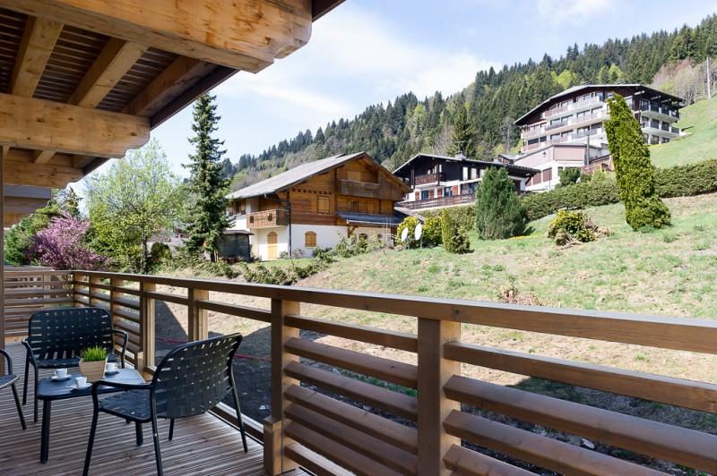 Annapurna-B203-balcon-location-appartement-chalet-Les-Gets