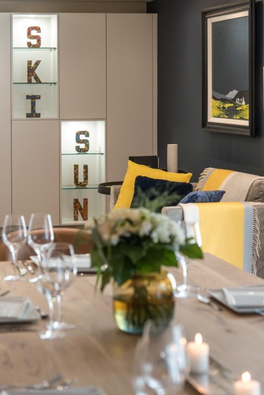Annapurna-B301-table-repas2-location-appartement-chalet-Les-Gets