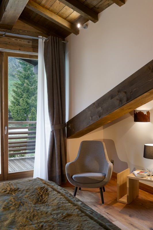 Annapurna-B302-chambre-fauteuil-location-appartement-chalet-Les-Gets