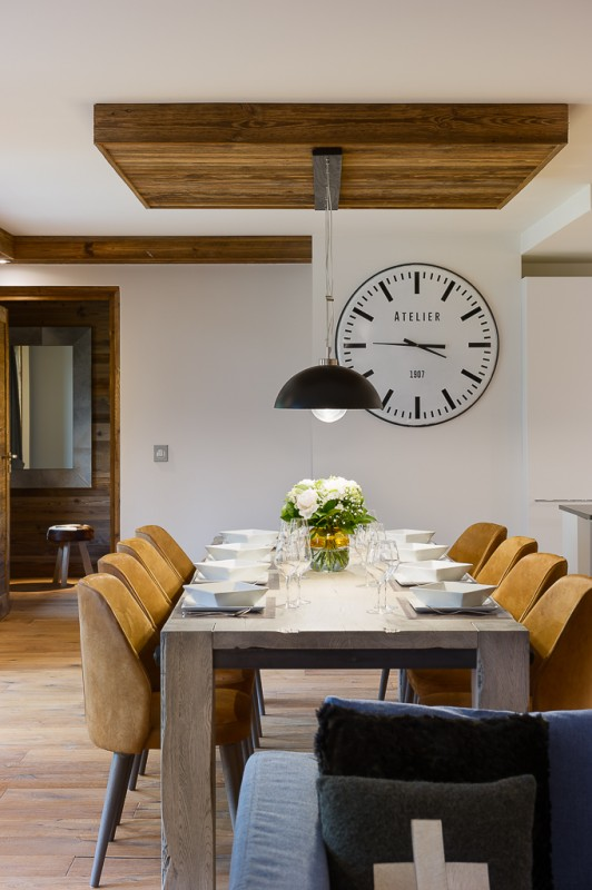 Annapurna-B302-salle-a-manger-location-appartement-chalet-Les-Gets